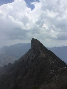 弥山から天狗岳.JPG