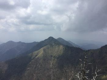 石鎚山頂2.JPG